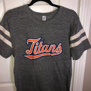 Titans Top